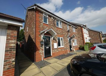 Thumbnail 2 bed town house for sale in 7, St Pauls Court, Pontefract, West Yorkshire