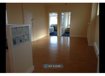 Thumbnail 2 bed flat to rent in Billet Road, London