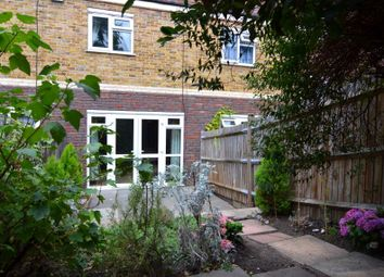 Thumbnail 2 bed flat for sale in Gideon Road, Battersea
