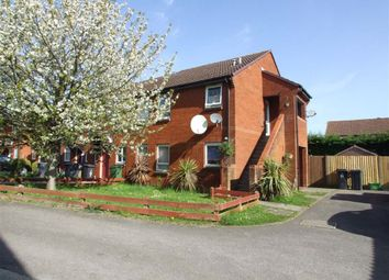 Thumbnail Studio to rent in Brent Close, Thatcham
