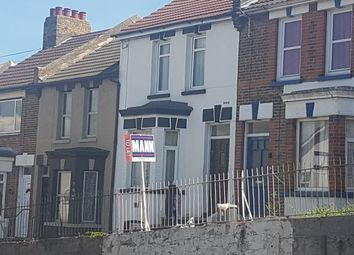 Thumbnail 3 bed terraced house to rent in Magpie Hall Road, Chatham