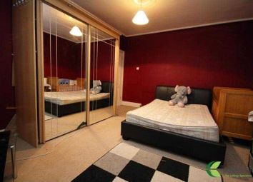 Thumbnail Room to rent in Chepstow Crescent, Seven Kings