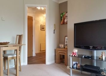 Thumbnail 1 bed flat to rent in Green Lane, Redhill