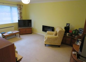 2 bed flat to rent in Penlline Road, Whitchurch, Cardiff CF14