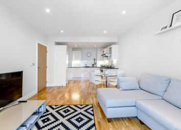 Thumbnail 2 bed flat for sale in Jessop Building, Canary Wharf, London