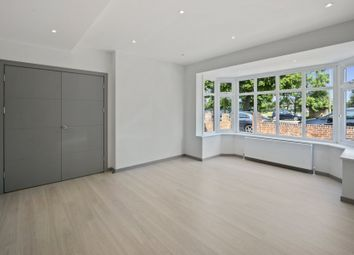 Thumbnail 5 bed property to rent in East End Road, London