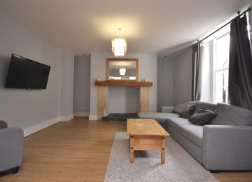 Thumbnail 2 bed flat to rent in Cleveland Place East, Bath