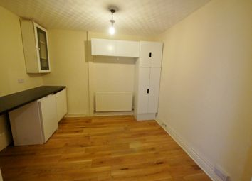 Thumbnail 1 bed flat to rent in Regent Avenue, Hillingdon, Uxbridge