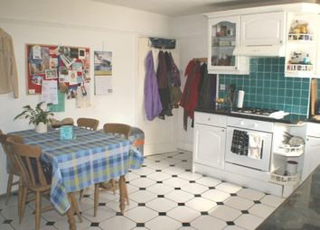Thumbnail 1 bed flat to rent in Thornsett Street, Earlsfield