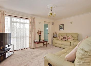 Thumbnail 4 bed detached house for sale in Cobbs Close, Paddock Wood, Tonbridge, Kent