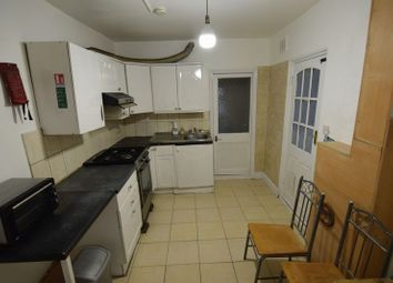 Thumbnail 1 bed flat to rent in Springfield Road, London