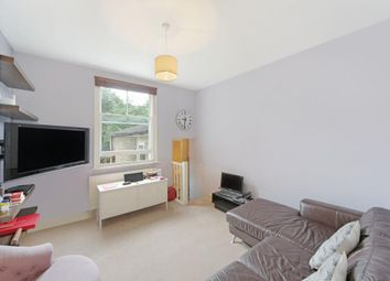 Thumbnail 1 bed flat to rent in Ferndale Road, Clapham, London