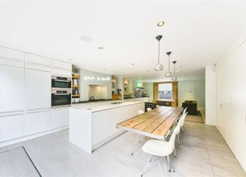 Thumbnail 4 bed terraced house to rent in Colvestone Crescent, London