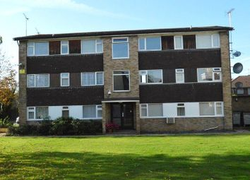 Thumbnail 2 bed flat to rent in Laburnum Grove, Slough, Berkshire.