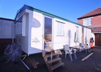 Thumbnail 2 bedroom mobile/park home for sale in Lonsdale Avenue, Drayton, Portsmouth, Hampshire