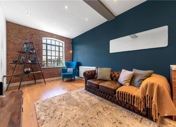 Queens Row, Walworth, London SE17. 1 bed flat for sale