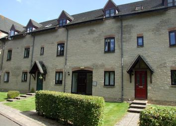 Thumbnail 2 bed flat to rent in Lakeside, Ducklington Lane, Witney