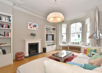 Thumbnail 3 bed flat to rent in Kingsand Road, London