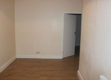 Thumbnail Studio to rent in Victorian Grove, London