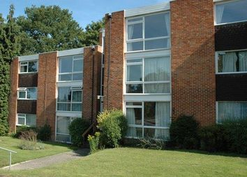 Thumbnail 2 bed flat to rent in Truss Hill Road, Sunninghill, Ascot