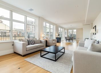 3 bed flat to rent in Stukeley Street, London WC2B