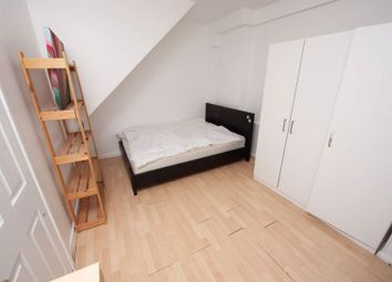 Thumbnail Semi-detached house to rent in Double & Single Rooms, Putney