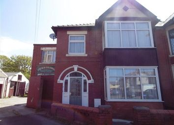 Thumbnail 2 bedroom flat to rent in Oak Avenue, Blackpool