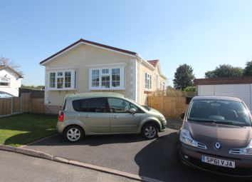 2 bed mobile/park home for sale in Springfield Park, Off Wykin Road, Hinckley LE10
