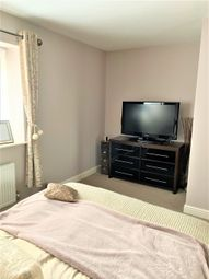Thumbnail 2 bedroom semi-detached house for sale in Wendover Close, Hayes