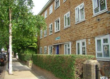 Thumbnail 2 bed flat to rent in Narford Road, London