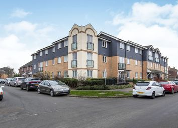 1 bed property to rent in Bowes Road, Staines TW18