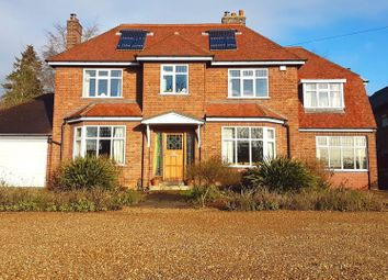 Thumbnail 4 bedroom detached house for sale in Thorpe Road, Longthorpe, Peterborough