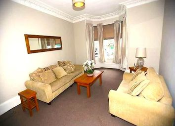 Thumbnail 2 bedroom flat to rent in Whitehall Crescent, Dundee