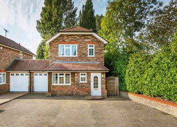 Nunappleton Way, Oxted RH8. 3 bed link-detached house for sale