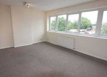 2 bed flat to rent in Park Lane Court, Park Lane, Whitefield, Manchester M45