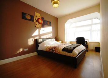 Thumbnail Room to rent in Lonsdale Avenue, Wembley, Middlesex