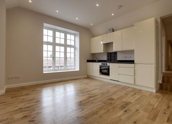 Thumbnail Flat for sale in Mulberry House, Whitchurch Road, Pangbourne, Reading
