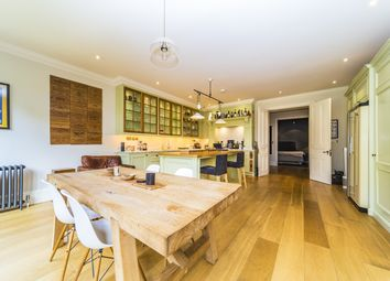 Thumbnail 5 bed town house for sale in Woodclyffe Drive, Chislehurst