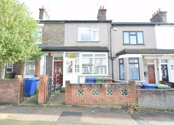 3 bed terraced house to rent in Kent Road, Grays, Essex RM17