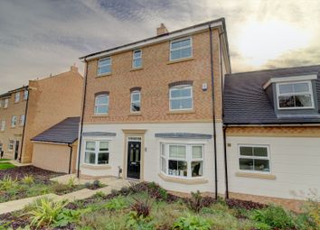 5 bed detached house for sale in Novale Way, Wakefield WF1