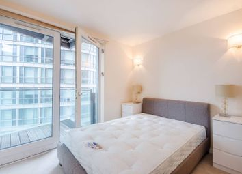 Thumbnail 1 bed flat for sale in Fairmount Avenue, Canary Wharf