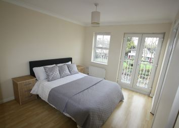 Thumbnail Room to rent in Manchester Road, Isle Of Dogs