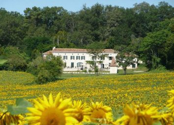 Thumbnail 8 bed property for sale in Aubeterre-Sur-Dronne, Charente, France