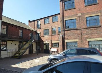 Thumbnail Flat to rent in Chapel Street, Lye, Stourbridge