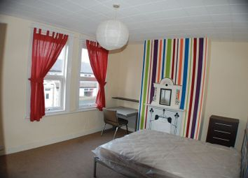 Thumbnail 5 bedroom property to rent in Walmsley Road, Hyde Park, Leeds