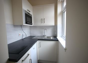 Thumbnail 1 bed flat to rent in Buxton Road, Weymouth