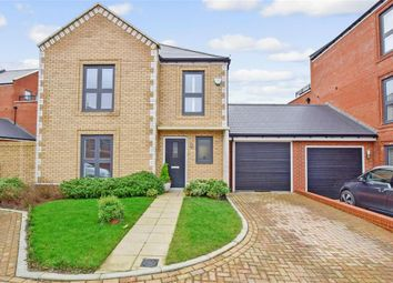 4 bed detached house for sale in Pioneer Avenue, Kings Hill, West Malling, Kent ME19
