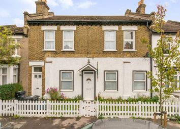 Thumbnail 3 bed flat for sale in Bridport Road, Thornton Heath