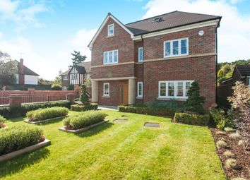 Thumbnail 5 bed detached house for sale in Braywick Road, Maidenhead