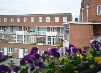 Thumbnail 3 bed flat to rent in Burkes Road, Beaconsfield